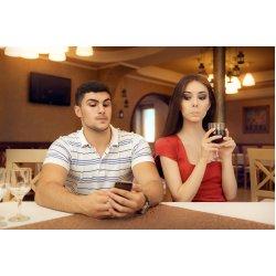 A közösségi média hatása az emberi kapcsolatokra és az agyműködésre